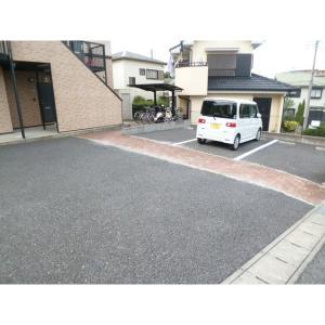 クレアール弐番館 物件写真5 駐車場