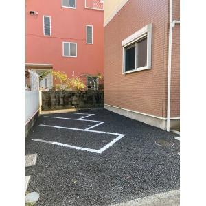 カーサソレアード 物件写真5 駐車場