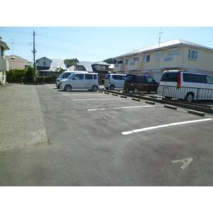 ウィング山田 物件写真4 駐車場