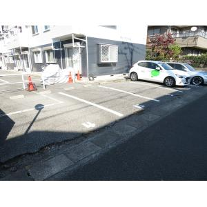 ライトハイツ 物件写真3 駐車場
