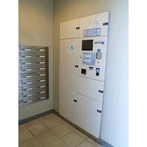 LUNAGRANDE新横浜 物件写真5 駐車場入り口