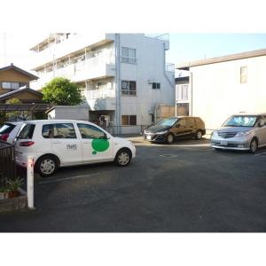サンライフヴァレ 物件写真4 駐車場