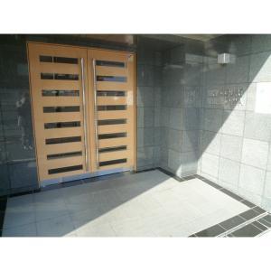 葛飾区東新小岩3丁目 マンション 物件写真2 エントランス
