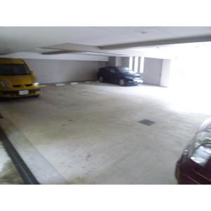セントヴェル・ミクニ 物件写真5 駐車場