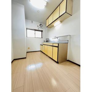 メゾントーハマ 部屋写真2 居室・リビング