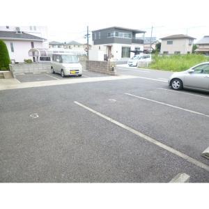 サンフィオーレ並木 物件写真3 駐車場
