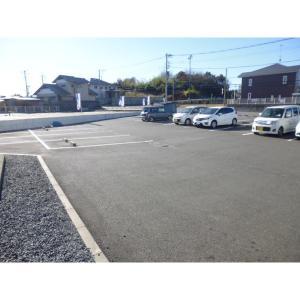 東ビル 物件写真3 駐車場