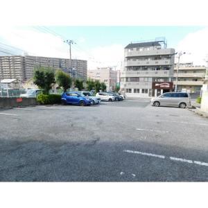 パークヒルズアビコ 物件写真4 駐車場