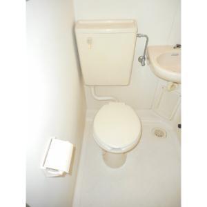 エステート新松戸22 部屋写真4 トイレ