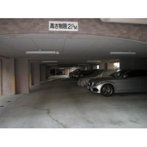 大倉山エステハイム第6 物件写真2 駐車場