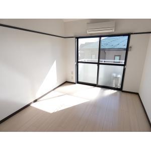 ハイツ立光 部屋写真1 居室・リビング