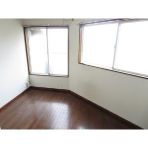 パトリエ松戸 部屋写真1 洋室