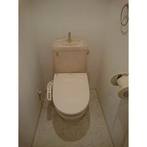 プロシード行徳駅前 部屋写真5 トイレ