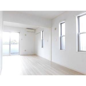メゾン・ド・ボヌール 部屋写真1 居室・リビング