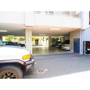 アーバンプラザ 物件写真4 駐車場