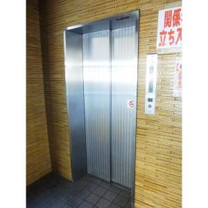 ラディアント関甚 物件写真3 エレベーター