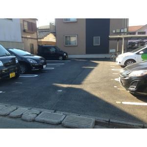 サンクレスト-R 物件写真4 駐車場
