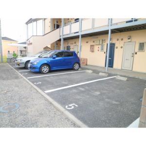 TU・MONOLOCALE 物件写真3 駐車場