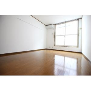 TU・MONOLOCALE 部屋写真1 居室・リビング