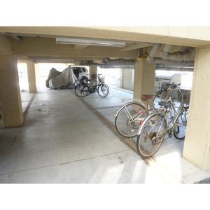 アビターレ花野井 物件写真3 駐輪場