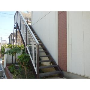 グレイシイハイツ 物件写真2 階段