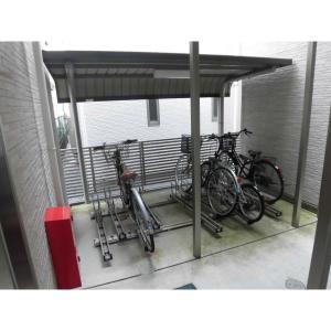 オレリア 物件写真3 駐輪場