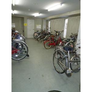 スカール板橋富士見 物件写真3 屋内駐輪場