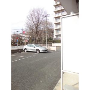 アールグレイ 物件写真3 駐車場