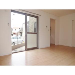 ラ・エリタージュ 部屋写真1 居室・リビング