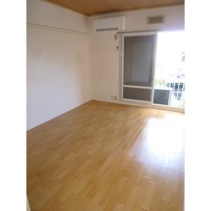 ベルクあけぼのA 部屋写真1 居室・リビング