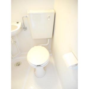 エステート新松戸23 部屋写真4 トイレ
