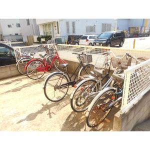 プレミール田中 物件写真3 駐輪場