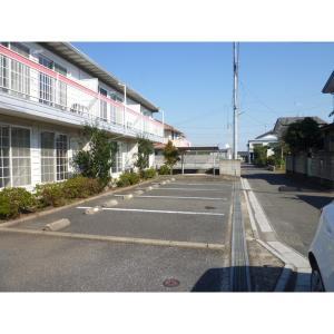 モン・シアンⅡ 物件写真2 駐車場