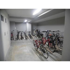 コル クラージュ横濱 物件写真3 バイク置場