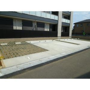 フェリーチェ 物件写真4 駐車場