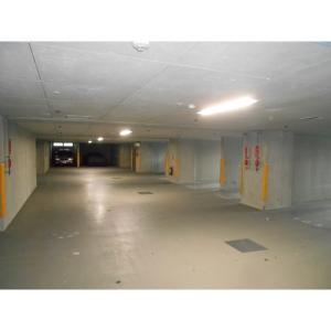 LA・PRYLE新横浜 物件写真3 駐車場