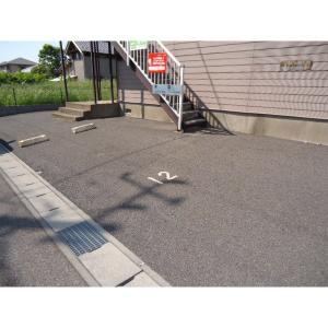 ヴィラ・エスペランサC 物件写真4 駐車場
