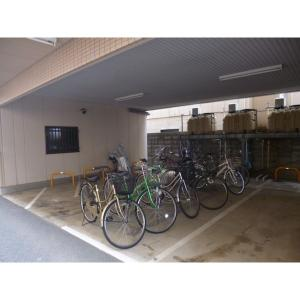 ジャルダン西川口 物件写真3 駐輪場