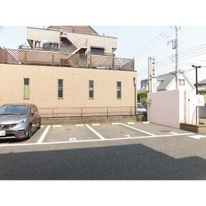 ウォーターリリーⅠ 物件写真4 駐車場