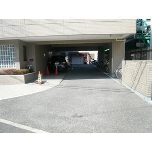 プラザ本牧元町 物件写真5 駐車場