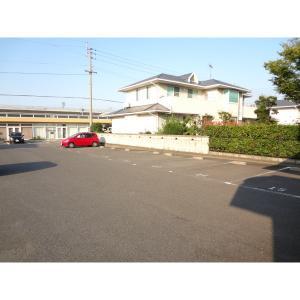 高松市伏石町 マンション 物件写真3 駐車場