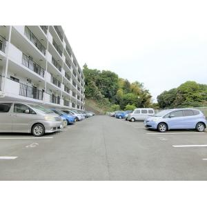 イトーピラ向ヶ丘弐番館 物件写真5 駐車場