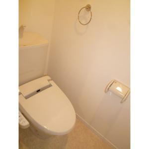 アントワーヌ 部屋写真5 トイレ