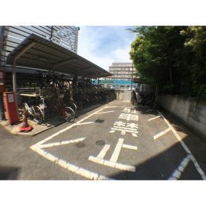 クレシェンド 物件写真5 駐輪場