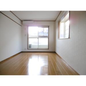 ブルーネン花見川 部屋写真1 居室・リビング