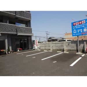 高松市林町 マンション 物件写真3 駐車場