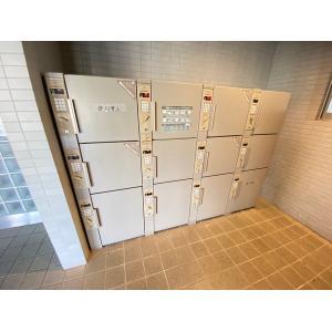 サニークレスト成田 物件写真2 建物外観
