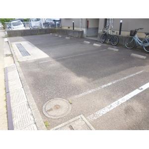 ラピス高山 物件写真2 駐車場
