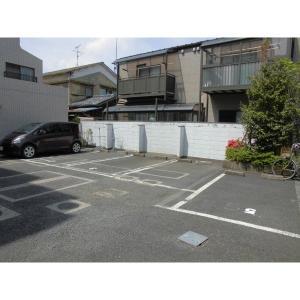35マンション 物件写真4 駐車場