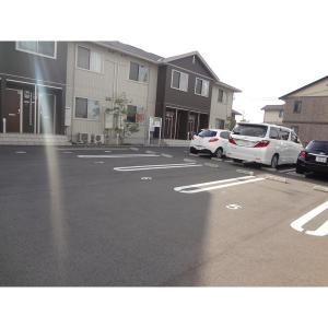 高松市伏石町 アパート 物件写真5 駐車場